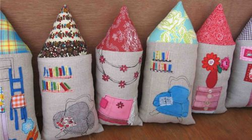 Leililaloo_housepillows